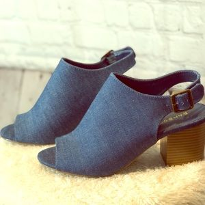 Shoes - Denim 8 short chunky heel shoes ⭐️NWOB Never worn
